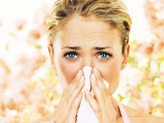 Женщина с аллергией