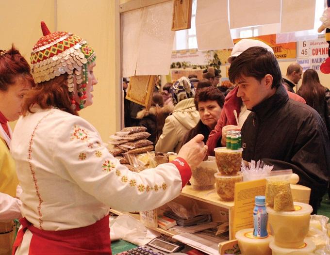 На пчелиных ярмарках вы сможете купить/продать любой из продуктов пчеловодства
