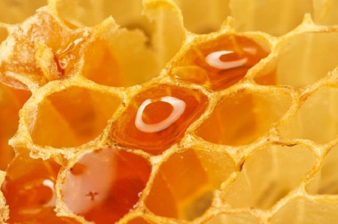 Лечение многочисленных заболеваний может осуществляться при помощи пчелиных сот