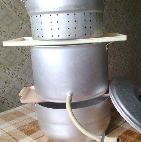Перетопка и очистка воска с помощью обычной соковарки