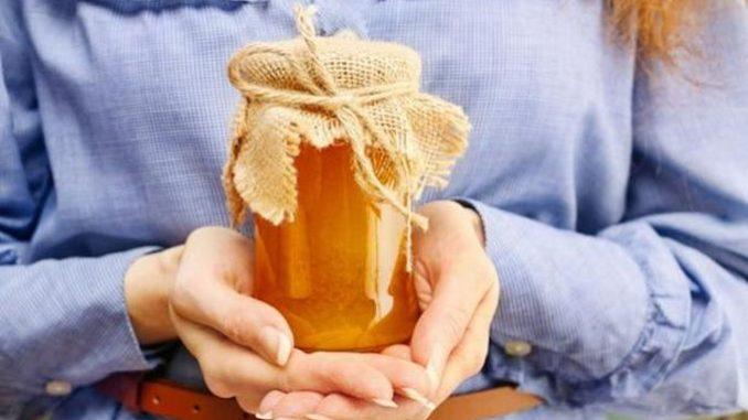 Медовые рецепты против морщин и старения кожи