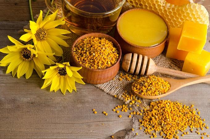 На ярмарках можно продать и купить различные пчеловодческие продукты