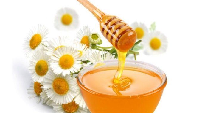 Растопить мед можно как при помощи паровой бани, так и при помощи лимона