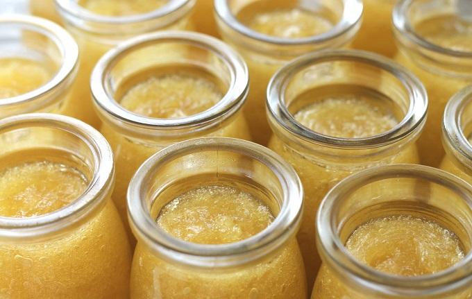 Растопить мед не представляет особого труда, так как это простой процесс
