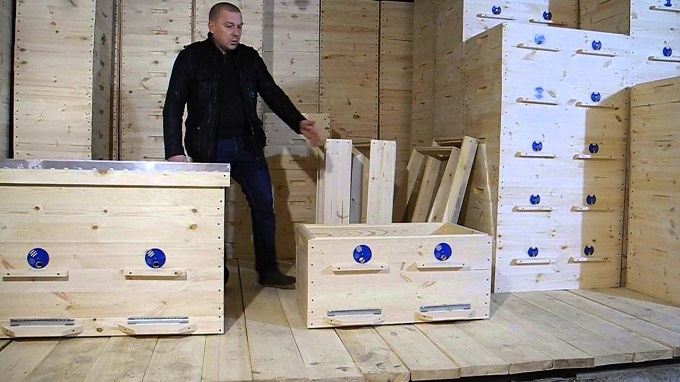 Владимирский улей включает в себя 32 рамки
