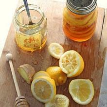 Лимонный мед также известен как мед из Лимонника